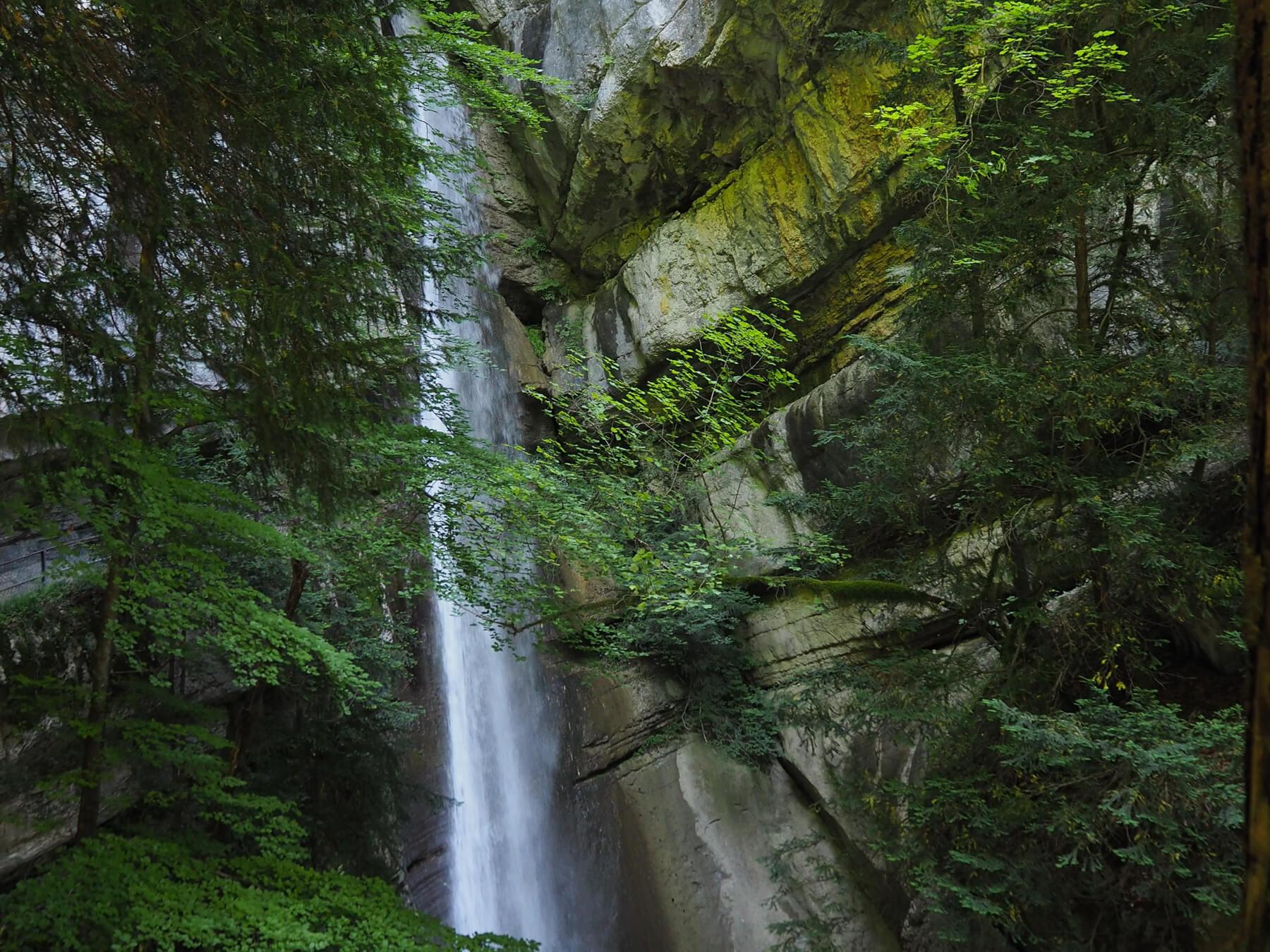 Cascades proches du lac d'Annecy - la cascade d'Angon