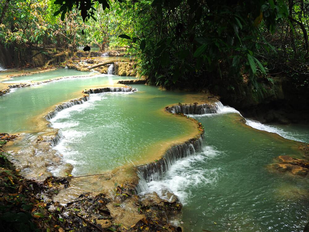 les eaux turquoises des cascades de Kuang Si à Luang Prabang