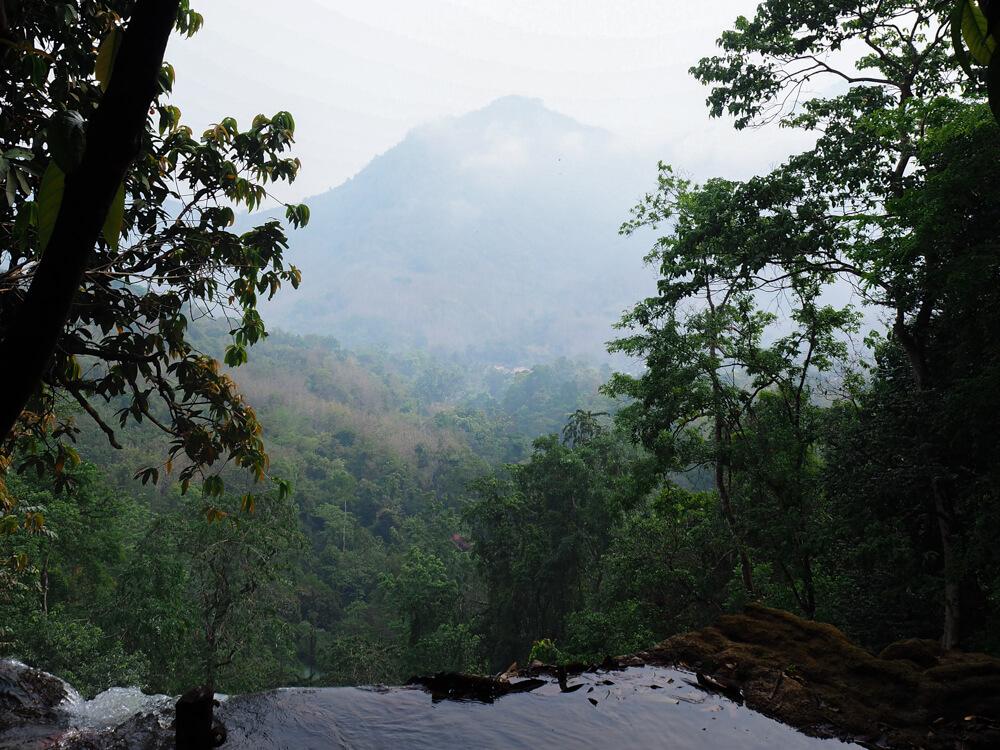 Vue depuis le sommet des cascades de Kuang Si