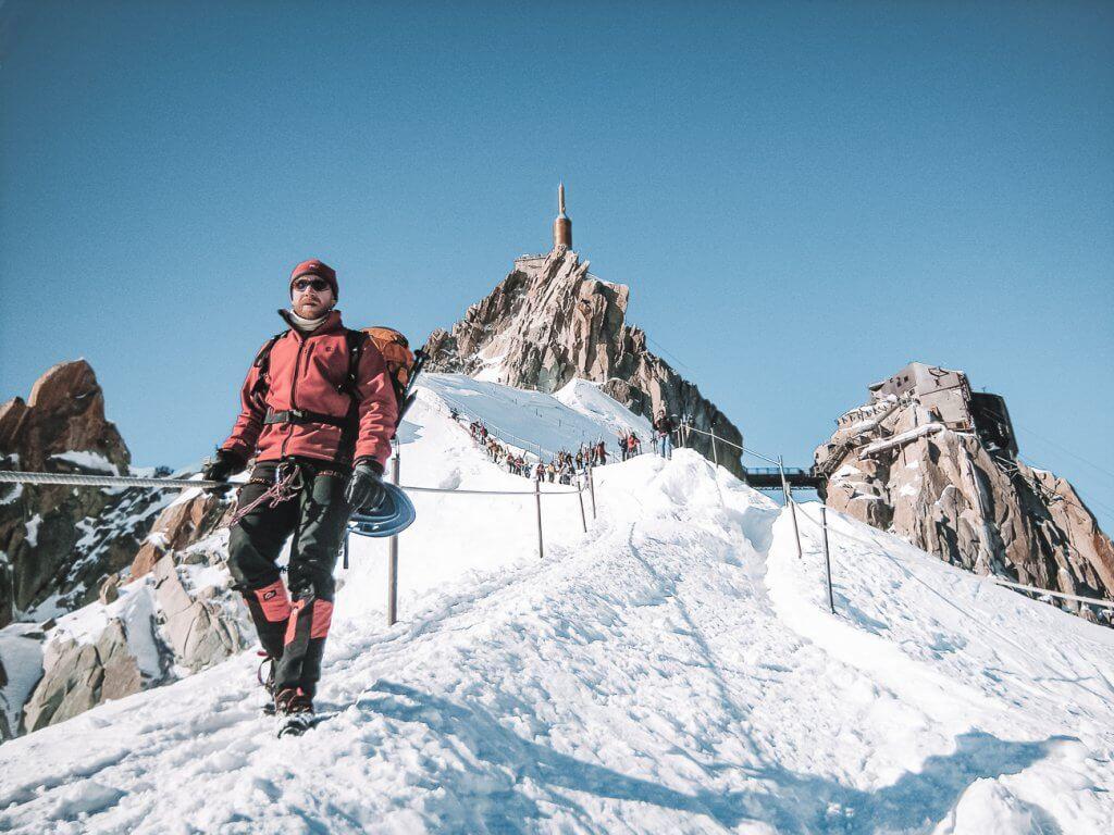 Descente de l'aiguille du Midi pour la vallée Blanche