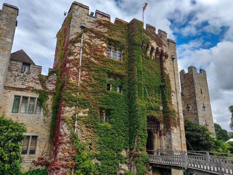 Chateau Hever façade