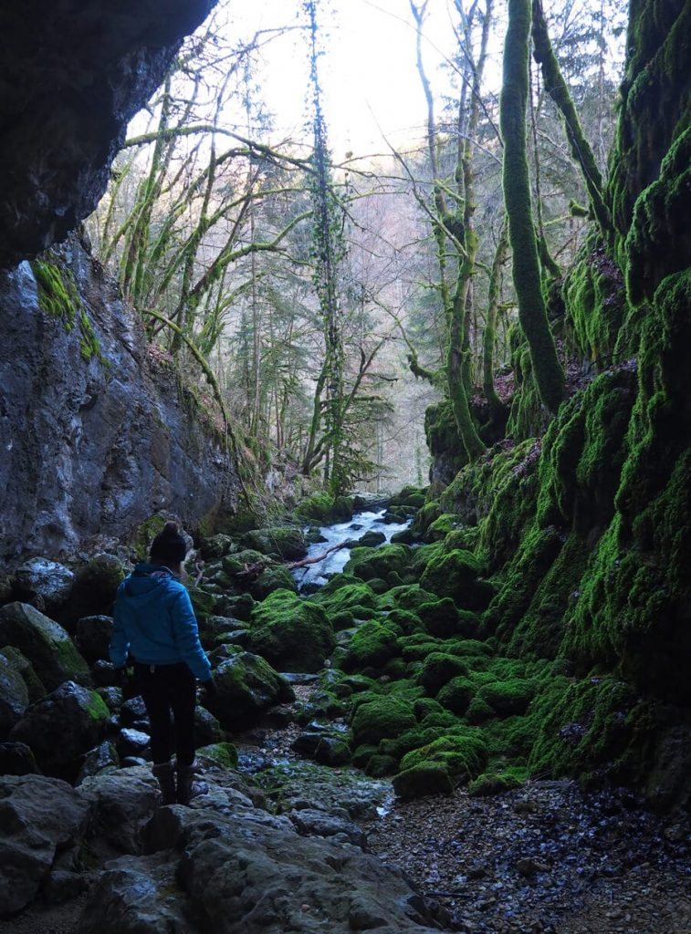 Grotte de la cascade du Pissieu