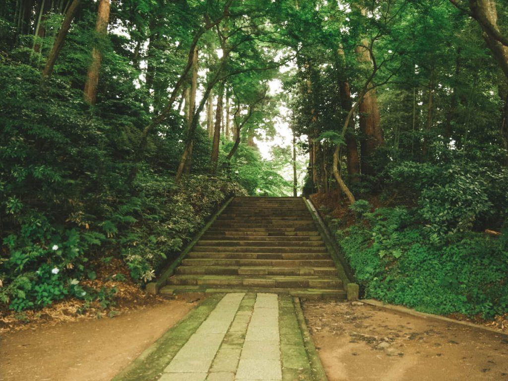 Steps to Kanpukuji temple