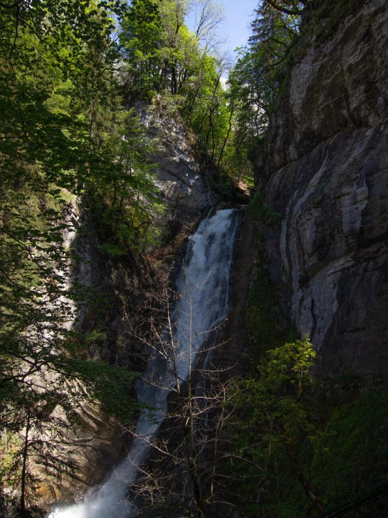 la cascade Mystérieuse vue du sentier