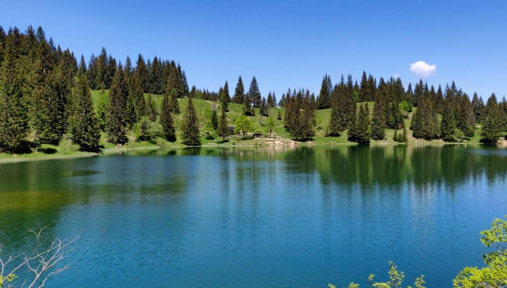 Le lac Bénit