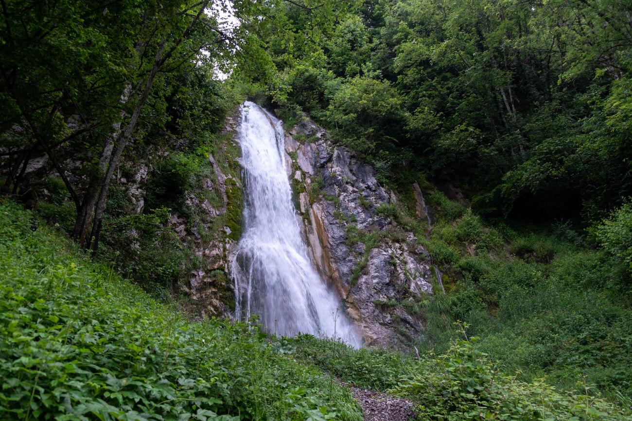 Cascades proches du lac d'Annecy - cascade de Fontany