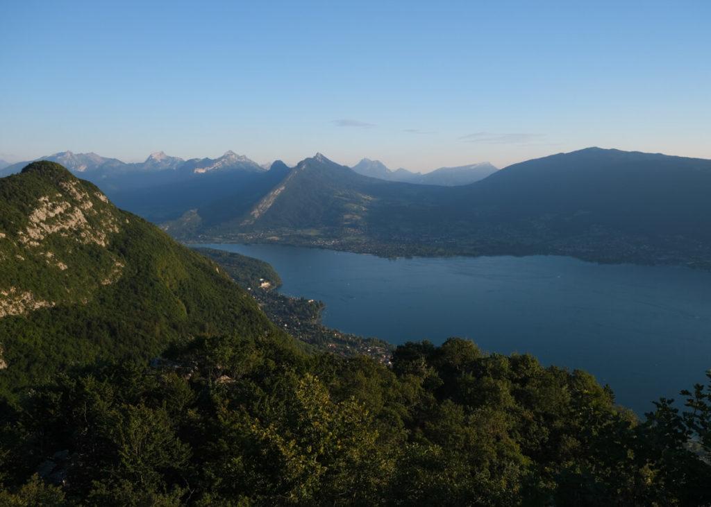 Le lac d'Annecy du Mont Veyrier