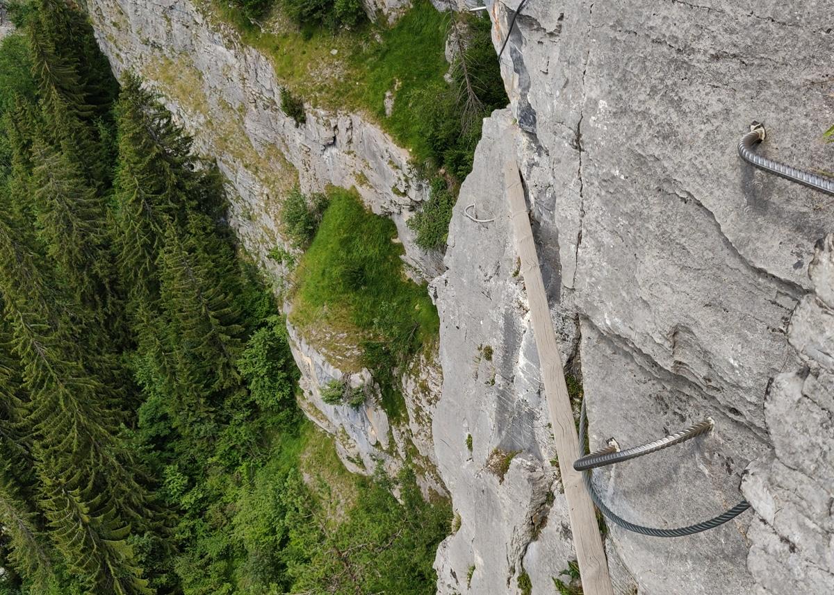 la poutre du pont du mont blanc - via ferrata Curalla