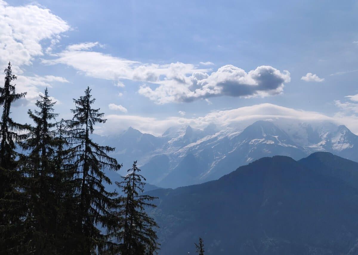 le massif du Mont Blanc vu de la via ferrata Curalla