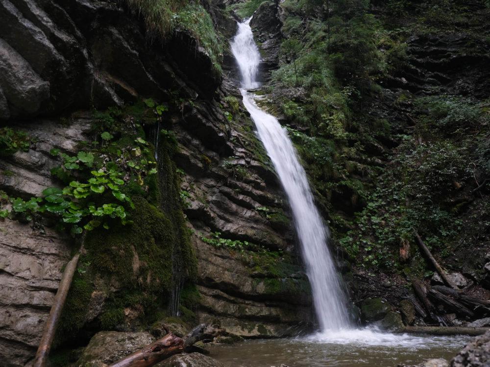 Cascades proches du lac d'Annecy - la cascade de Burgeat