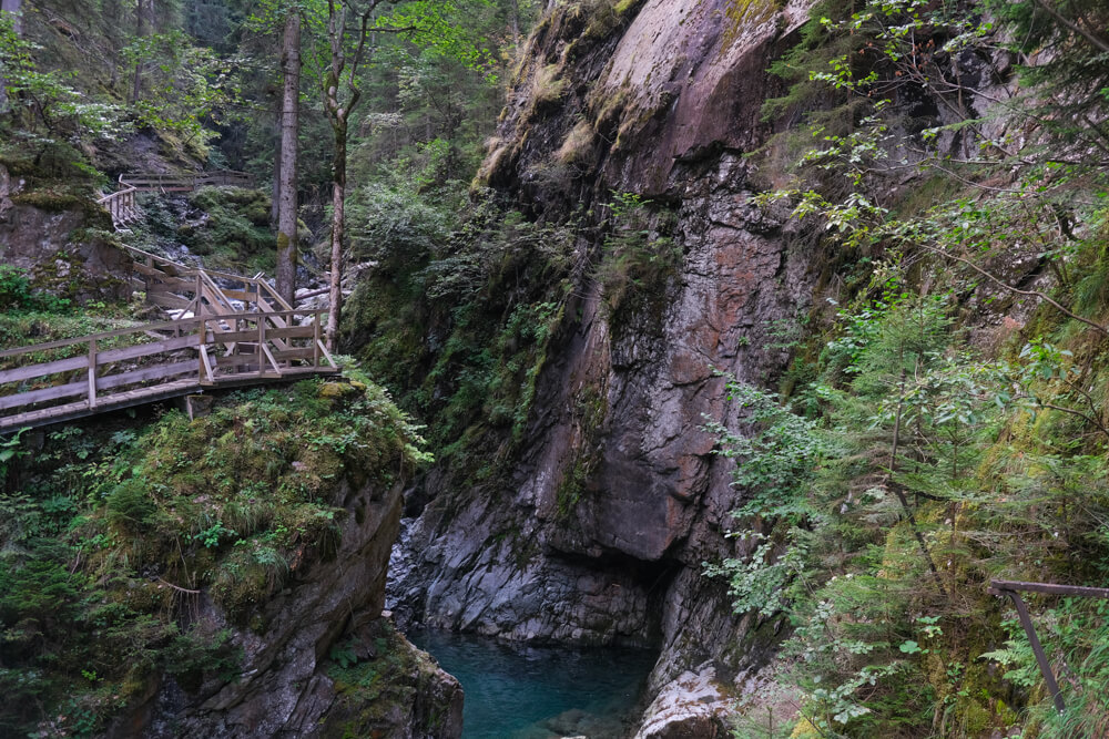 Pont suspendu aux gorges de la Diosaz
