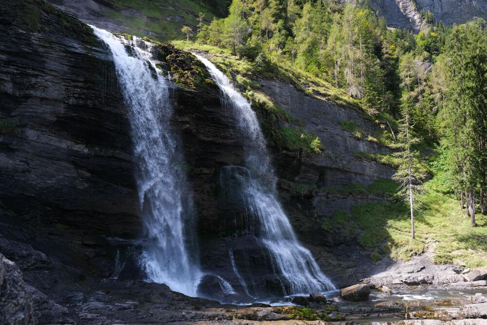 La cascade du Rouget vue du bassin