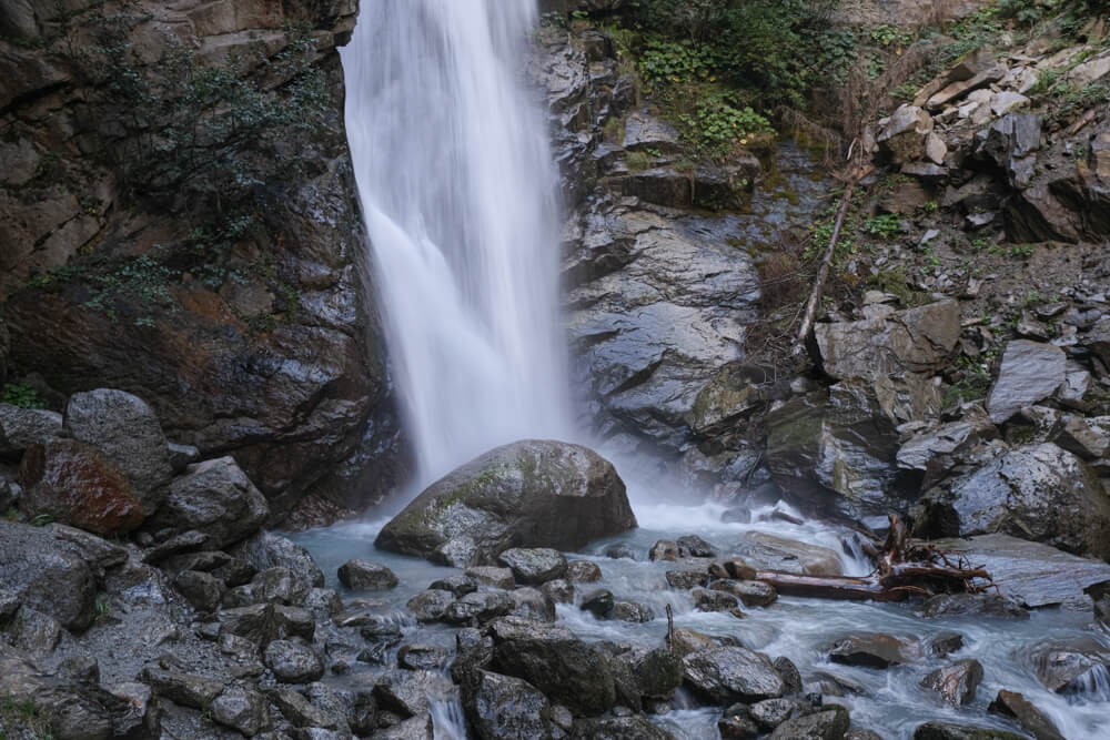 Base de la cascade du Dard de Chamonix