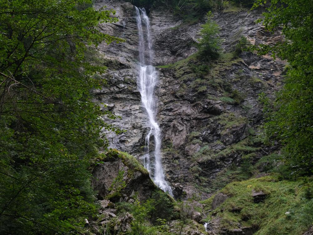 La cascade du Nant d'Ant depuis le sentier