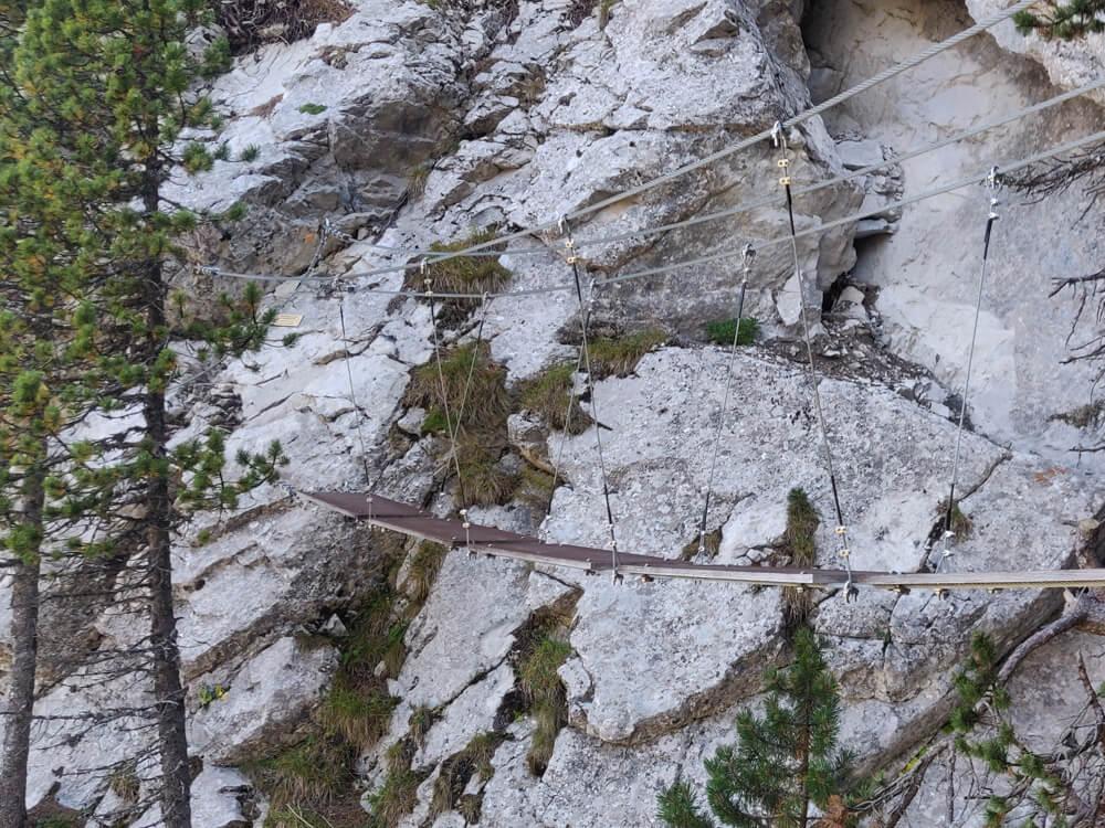 la Passerelle de la marmotte de la via ferrata la cordée des Dahuts