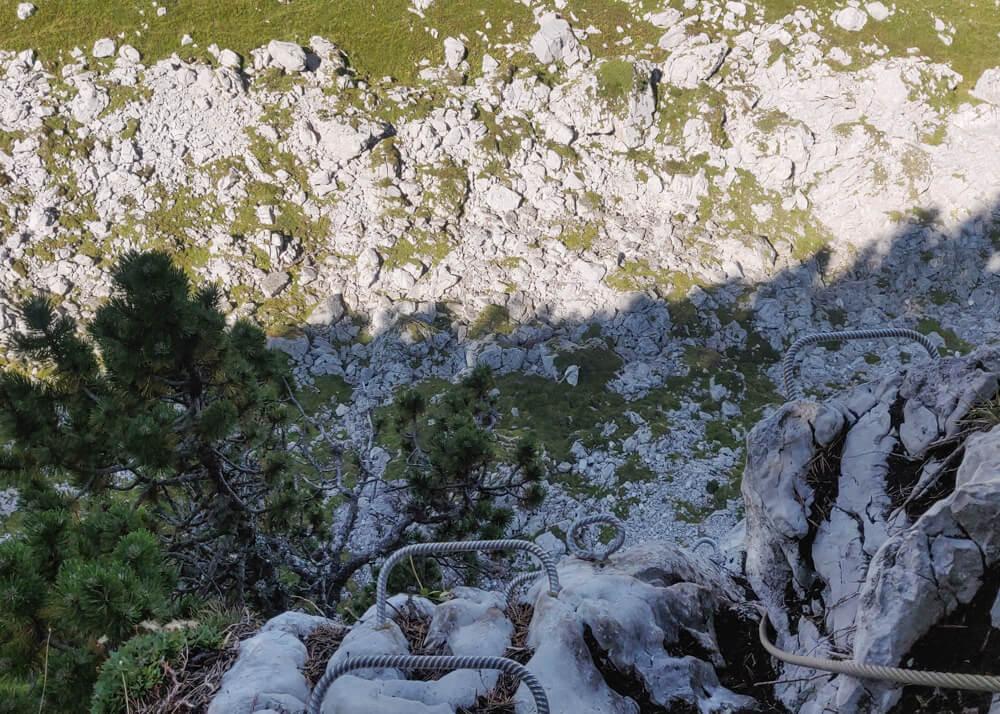 vu du haut de la via ferrata la cordée des Dahuts