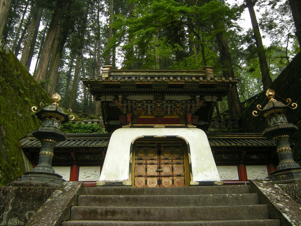 La porte Kokamon du temple Taiyuin-Byo à Nikko