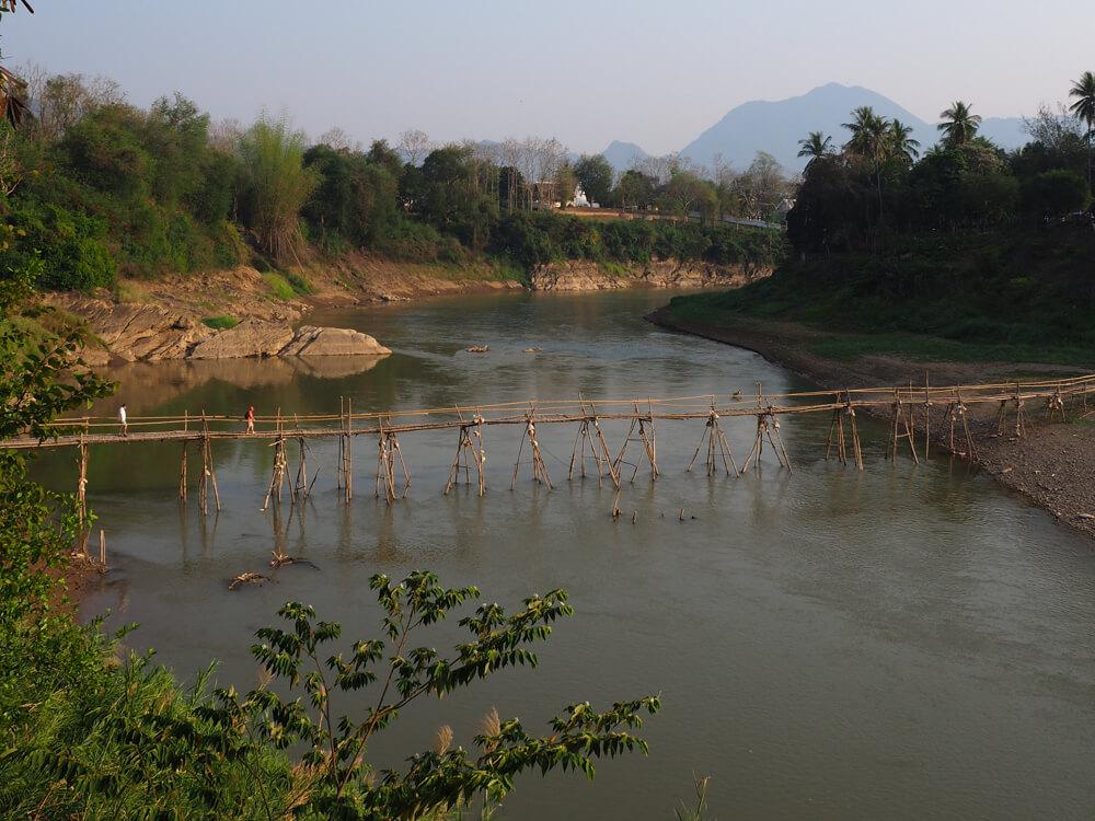 Le pont de la rivière Nam Kham à Luang Prabang