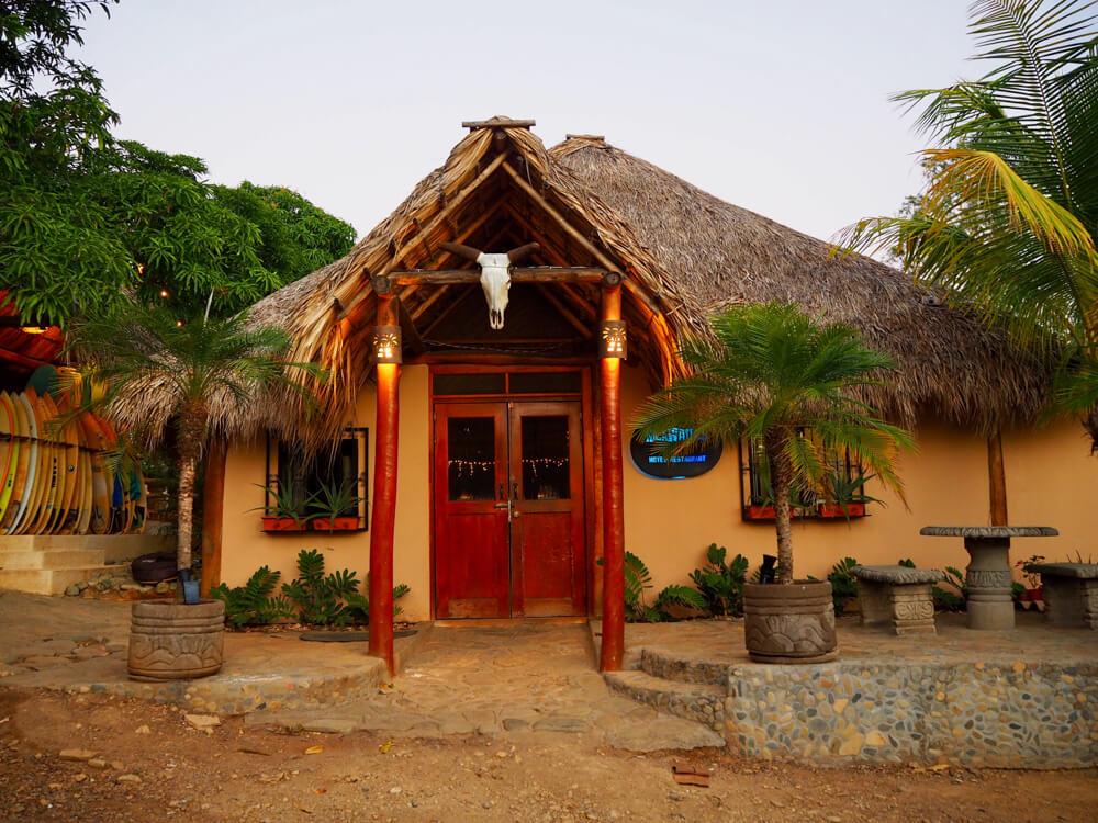 Nicawaves, camp de surf à Popoyo, Nicaragua