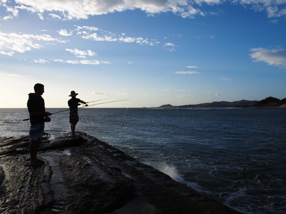 Pêche sur la plage de Popoyo, Nicaragua